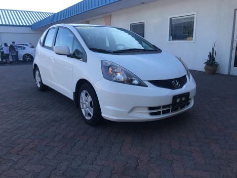 Pre-Owned 2013 Honda Fit  Front Wheel Drive